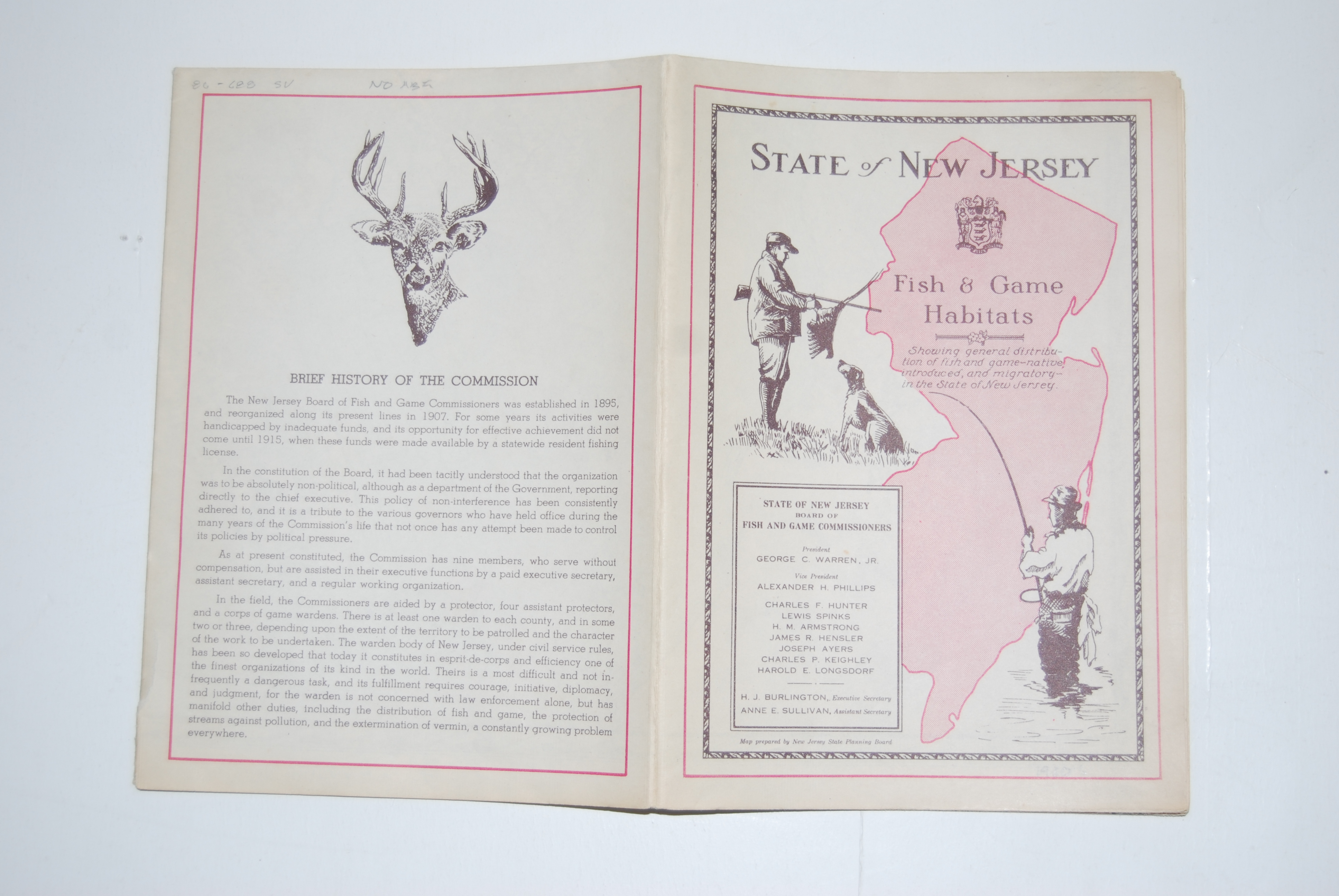 Image for STATE OF NEW JERSEY FISH & GAME HABITATS. Trenton: New Jersey State Fish and Game Commission. 16 p. + map. Circa 1930's. 8 in. high x 5 1/2 in. fold out pamphlet; Opens to 39 in. high X 22 in. Paper Fold-Out.
