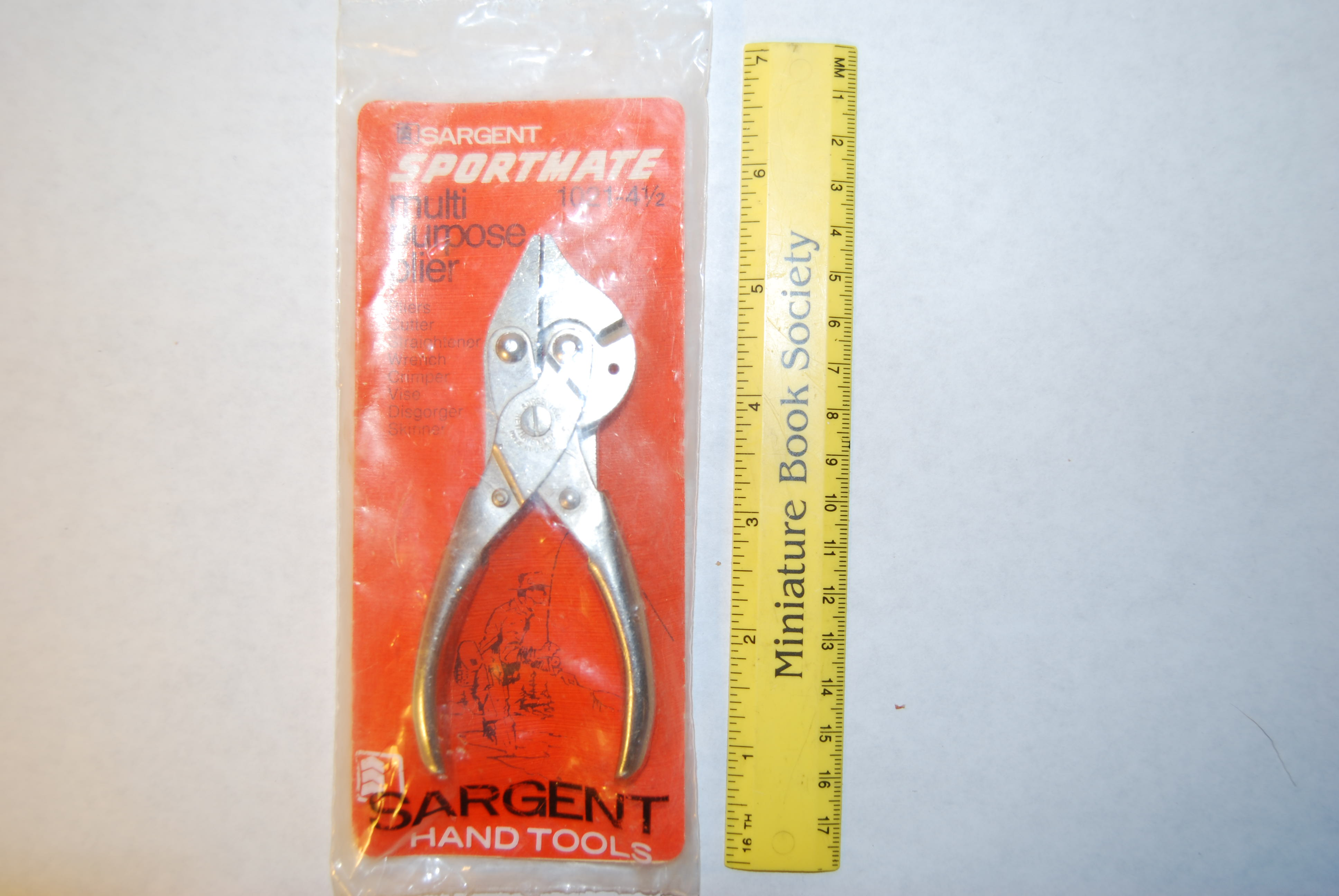 "Image for SARGENT ""SPORTMATE 1021-4 1/2 "" Multi-Purpose Plier."