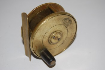 "Image for 2 1/2"" HARDY BIRMINGHAM BRASS PLATEWIND [Circa 1880-1921]  6 1/4 oz. 3/4 in. spool width; With ""Enclosed Oval Logo"" Trademark; Fixed Check; Ebonite knob; 2 5/8 in. smooth Brass Foot;   in Leather Reel Case marked ""Lady Brassey/ 3"""